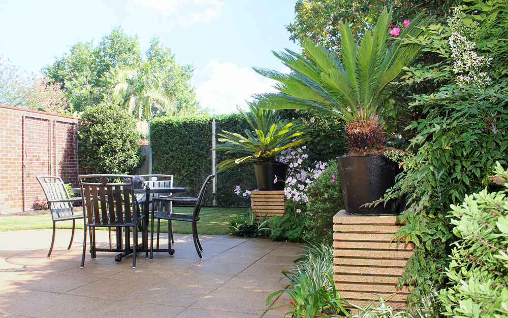 Art deco garden design ingardens landscaping melbourne victoria - Outdoor deco huis ...